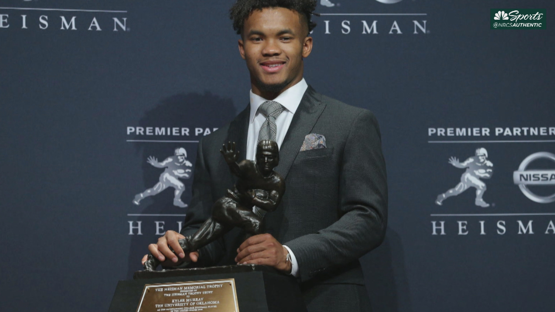 A's first-round pick and Oklahoma QB Kyler Murray wins 2018 Heisman Trophy