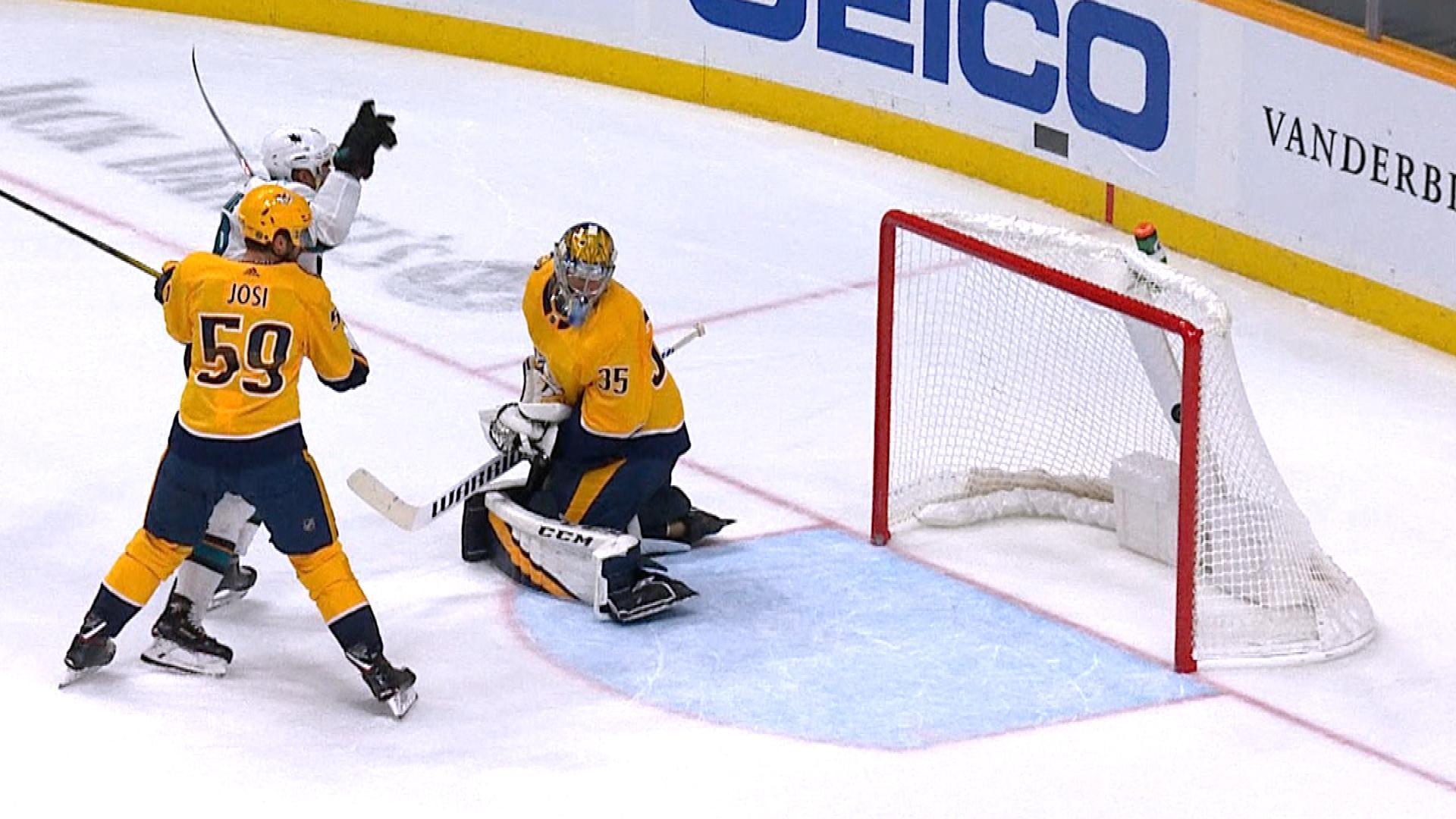 Sharks' Evander Kane tips in goal to halve Predators' lead