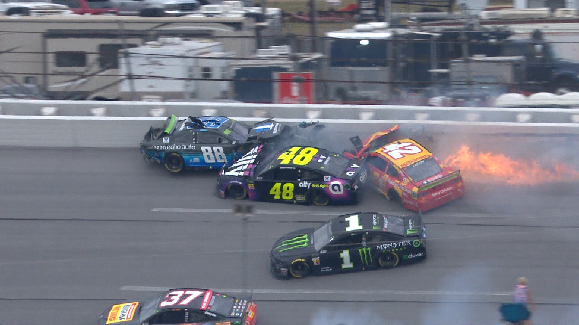 NASCAR's 'double yellow line' rule impacts racing at Talladega
