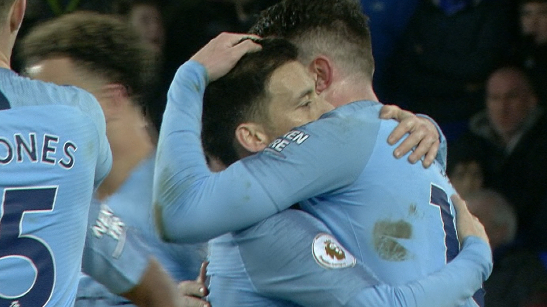 Man City's Aymeric Laporte scores header v. Everton