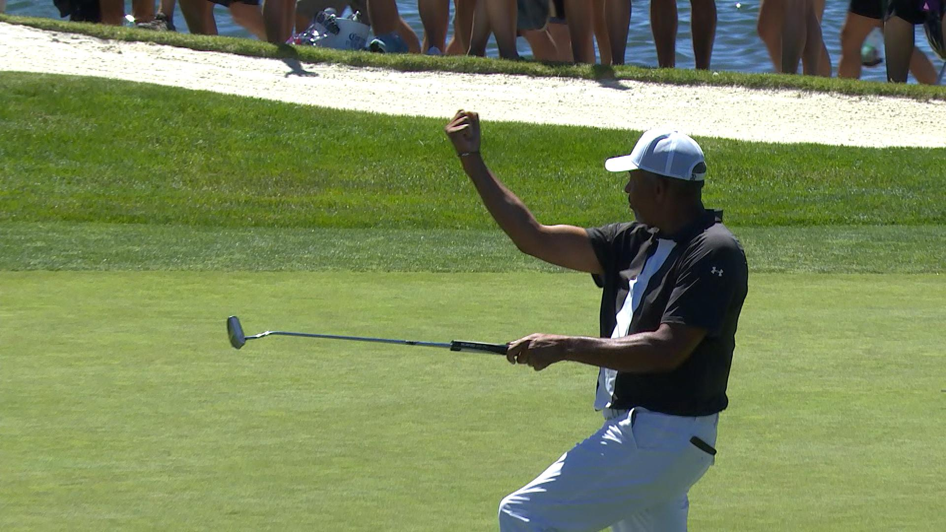 American Century Championship: Dell Curry sinks long putt to extend