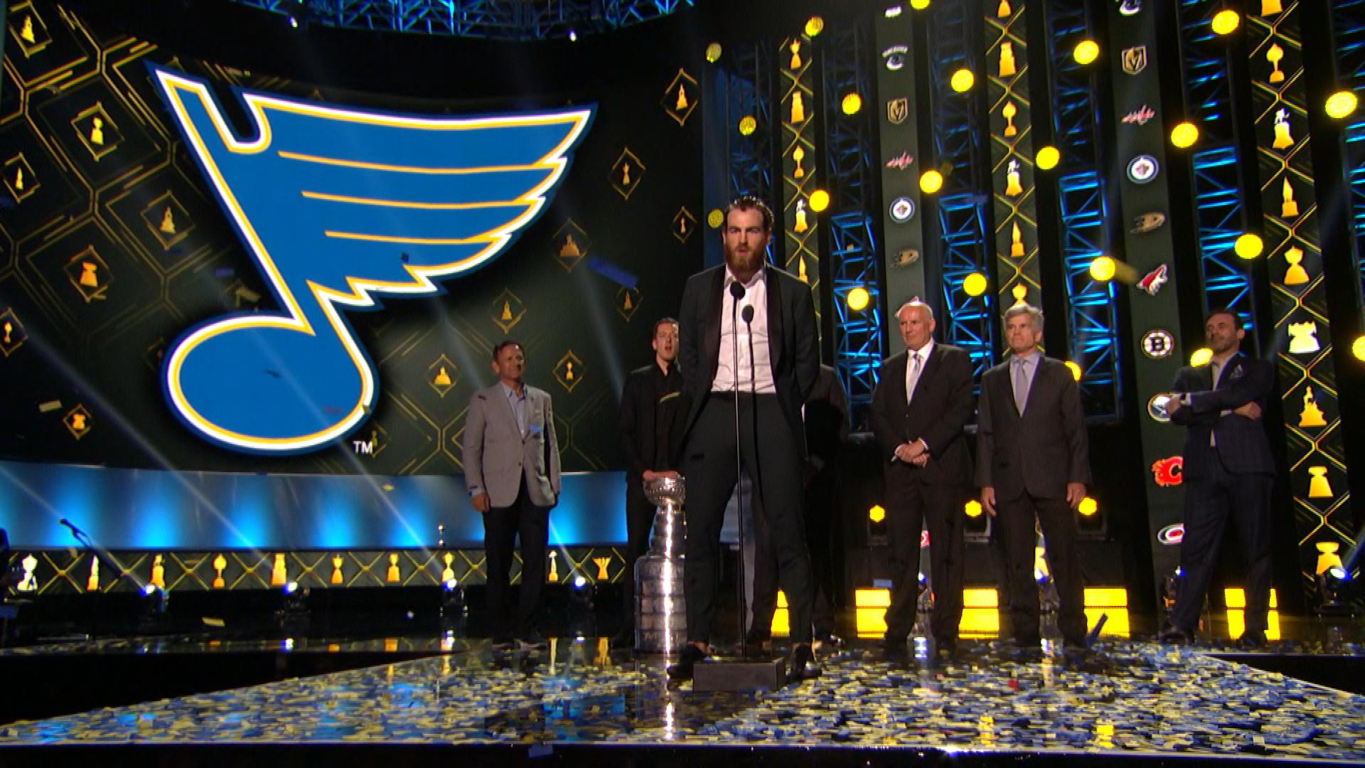 St. Louis Blues show off Stanley Cup at NHL Awards with Jon Hamm