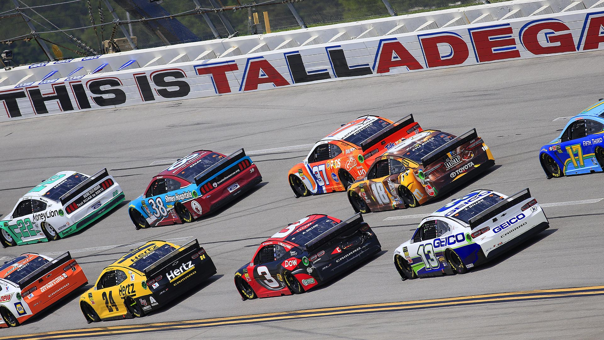 How should NASCAR Cup Series playoff drivers approach Talladega?