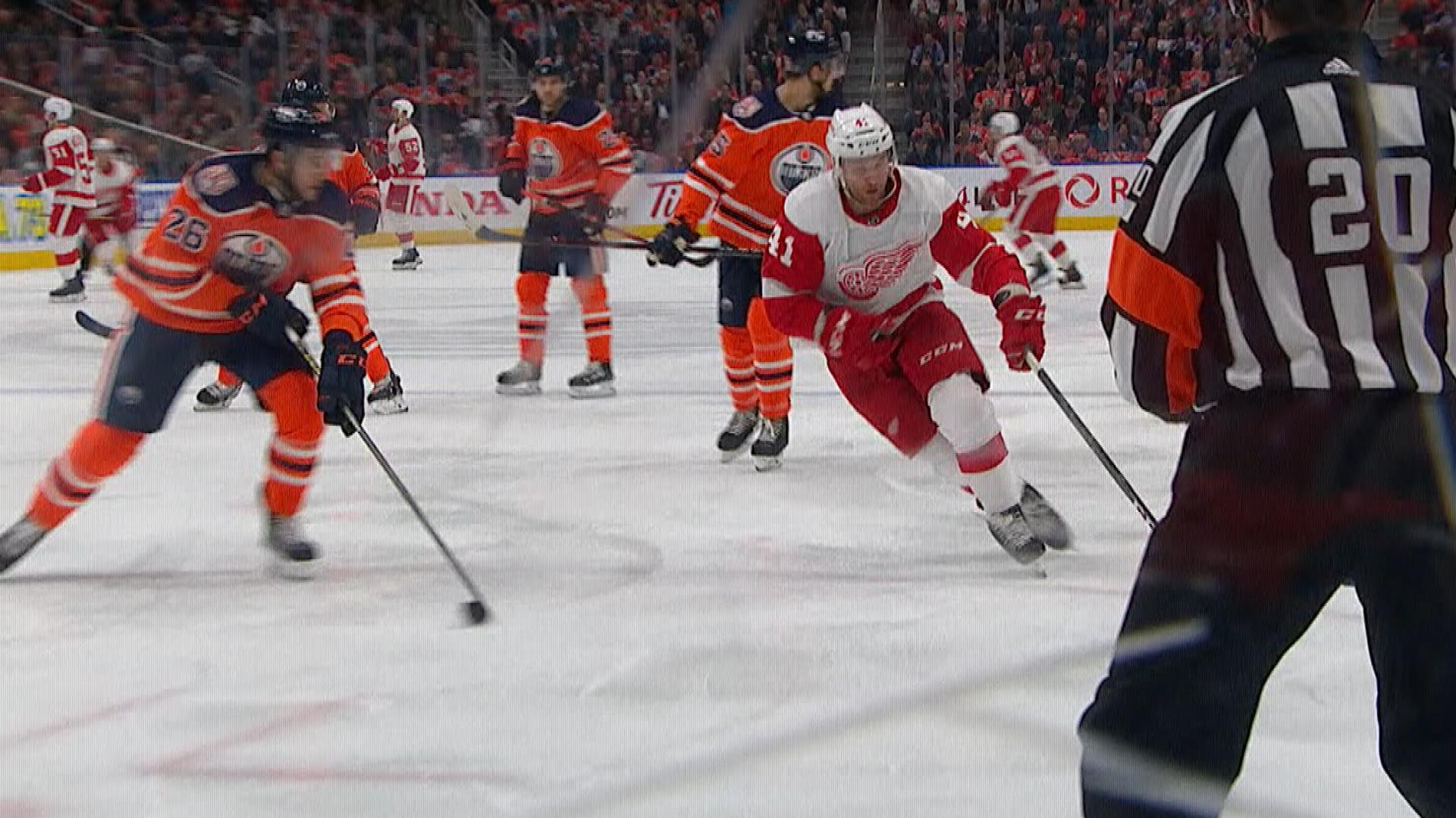 Luke Glendening's second goal of game helps Red Wings regain two-goal lead