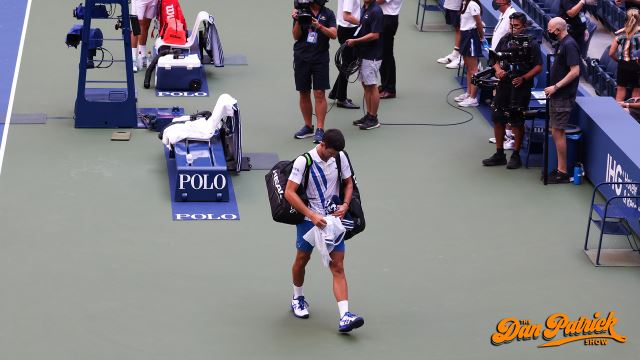 Novak Djokovic Disqualified From U S Open After Hitting Judge With Ball Nbc Sports