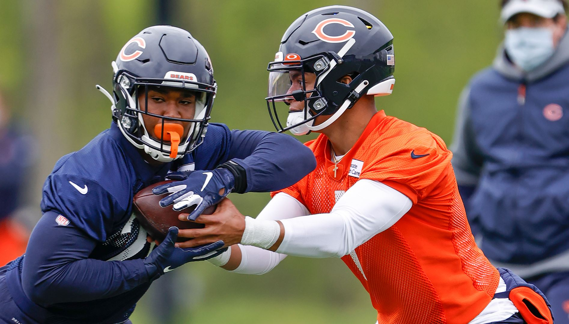 Bears' Matt Nagy Impressed With Justin Fields After Rookie Minicamp – NBC  Chicago